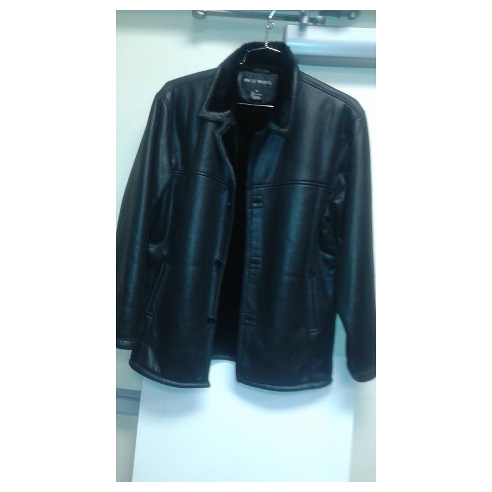 Oscar. Faux leather jacket black.
